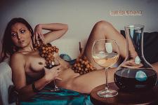 Servizi fotografici per modelle in intimo e nudo